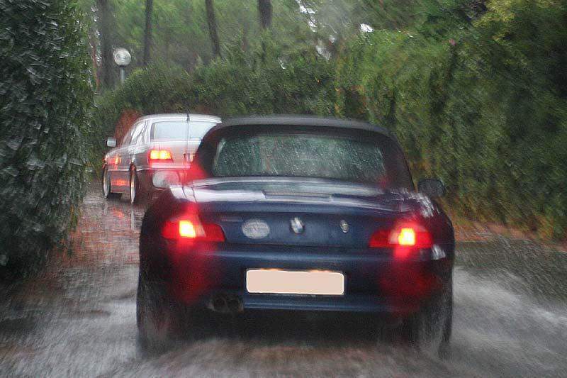 Fahrt über die Insel Albarella bei Regen und Sturm