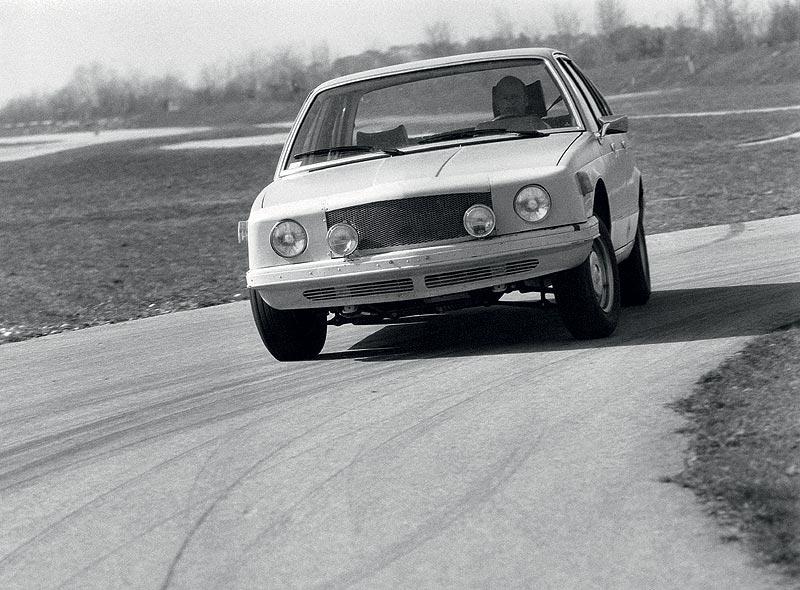 BMW 7er-Reihe der 1. Generation, Testfahrzeug