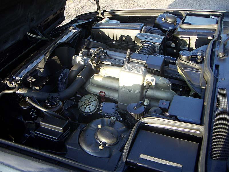 6-Zylinder-Reihen-Motor im BMW 735i von Herfried