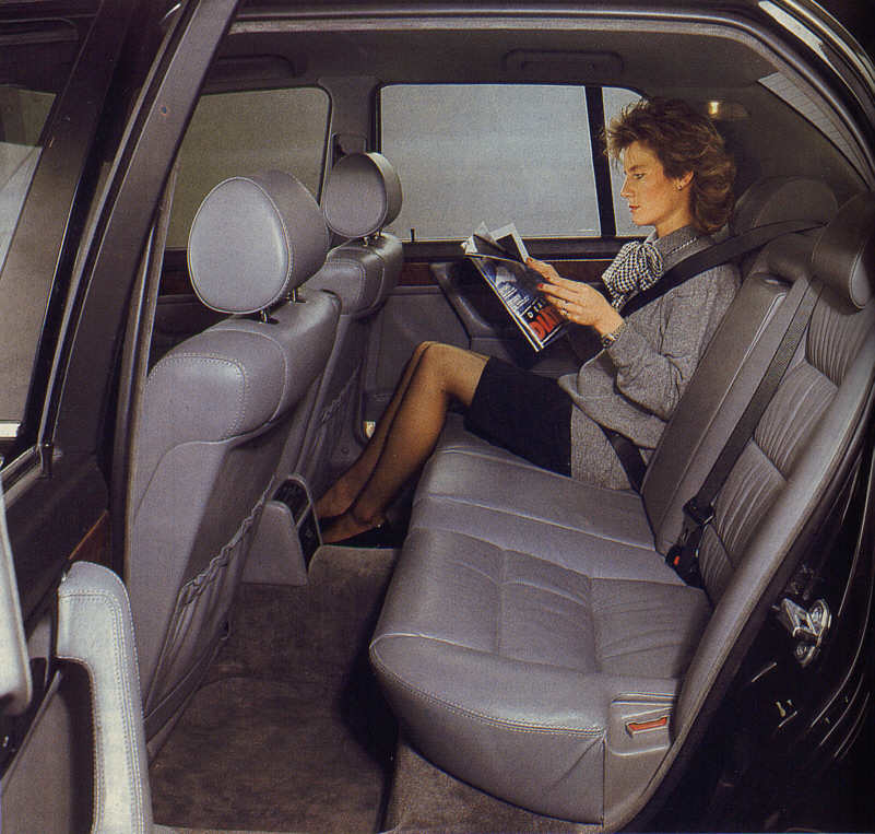 BMW 7er (Modell E32) Innenraum der Kurzversion