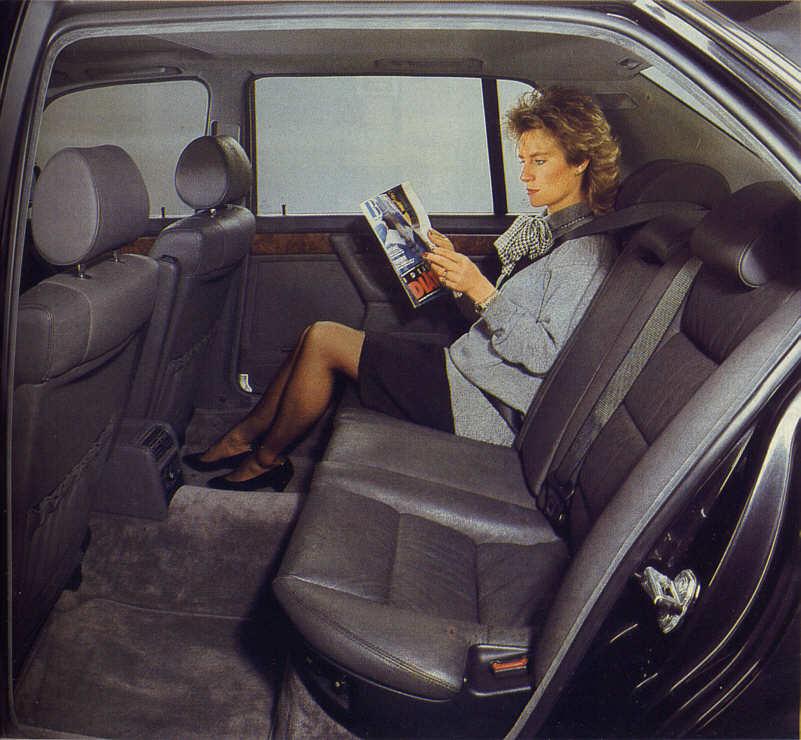 BMW 7er (Modell E32) Innenraum der Langversion