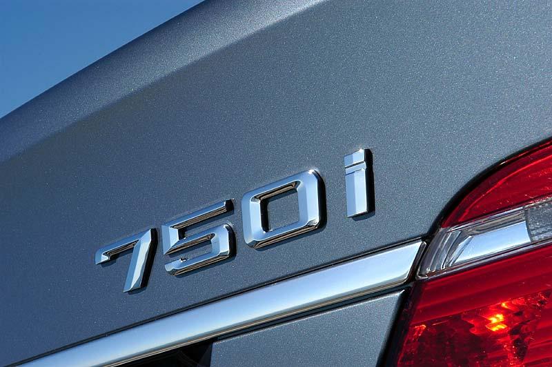 BMW 750i, Modell E65, ab 4.2005