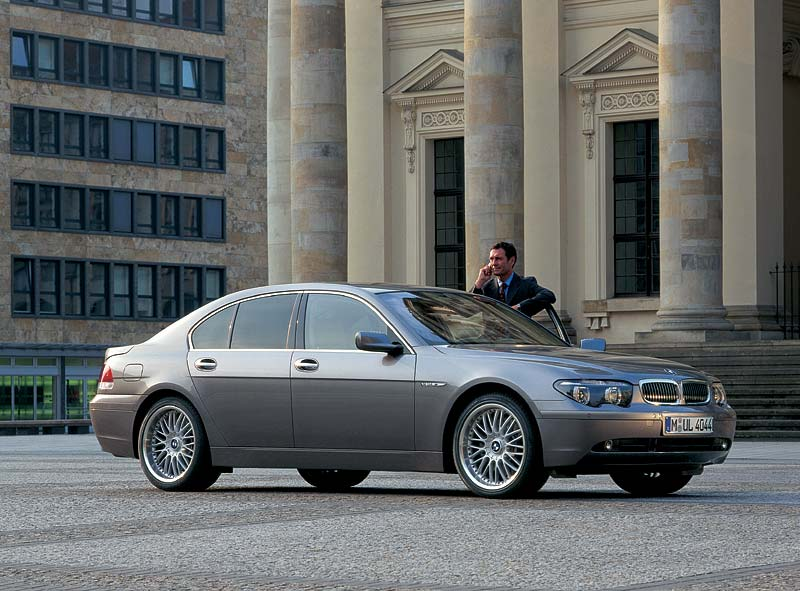 BMW 760i, Modell E65 (bis 4.2005)