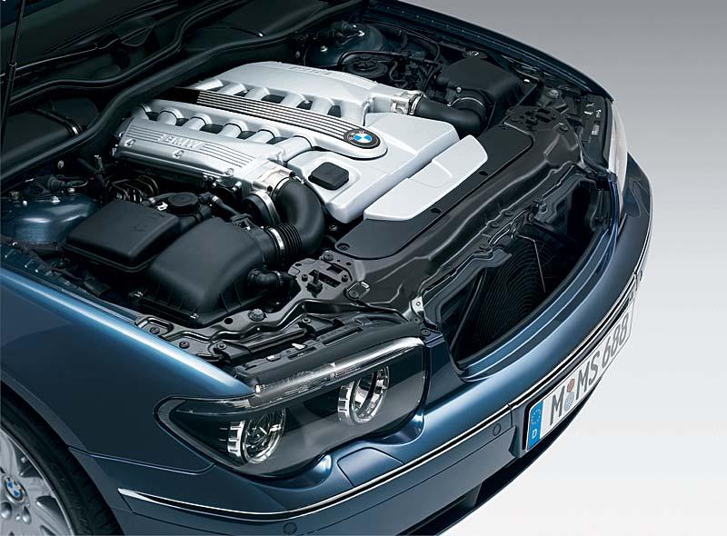 BMW 760Li: 12 Zylindermotor mit Valvetronic und DI-Technologie