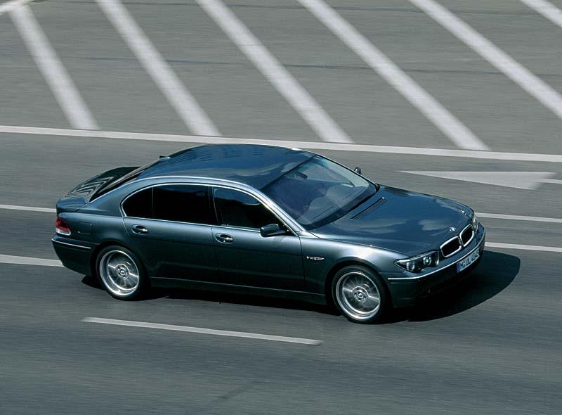 BMW 760Li, Modell E66 (bis 4.2005)