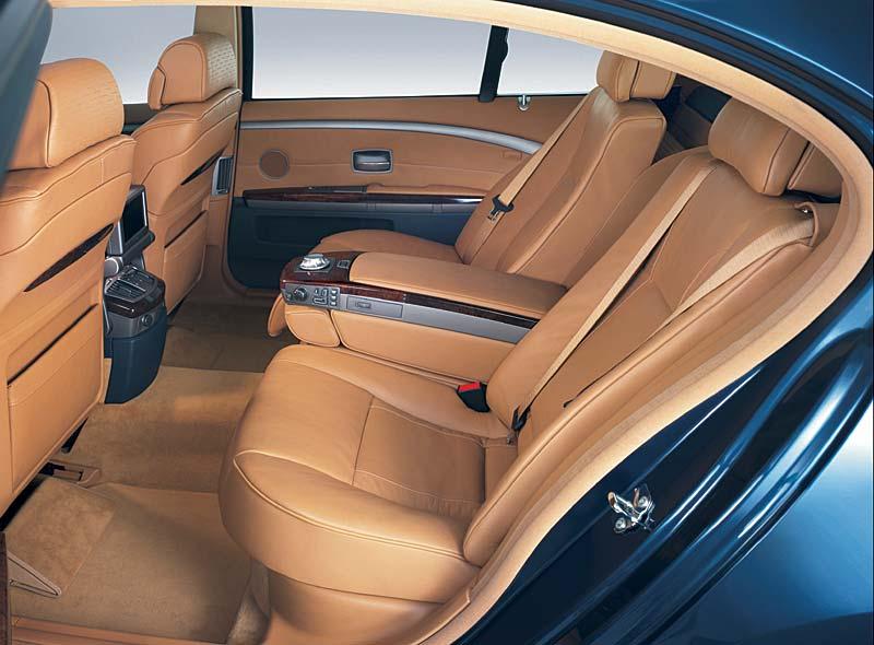 BMW 760Li Komfortsitzausstattung im Fond