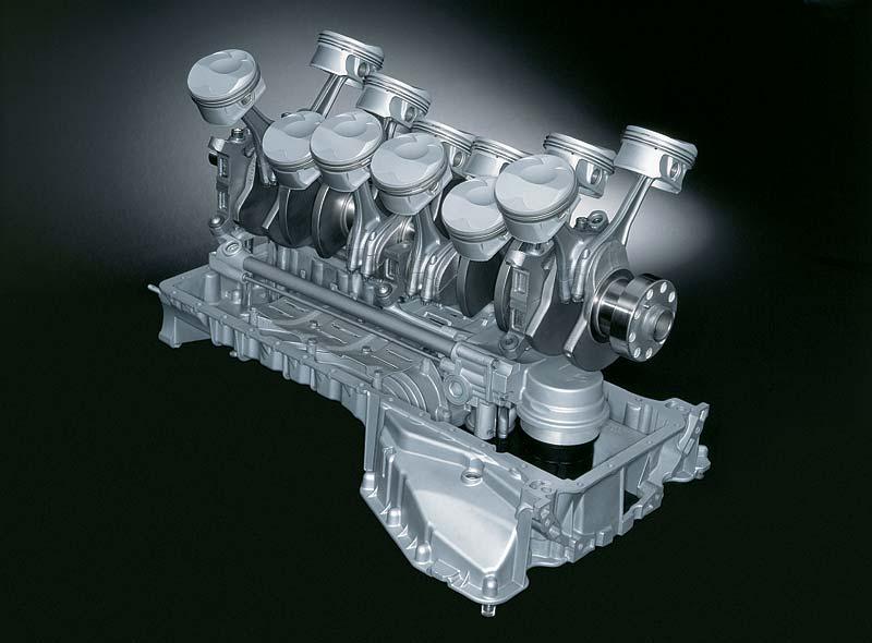 BMW V12 Otto-Motor, Kurbeltrieb und Ölpumpe