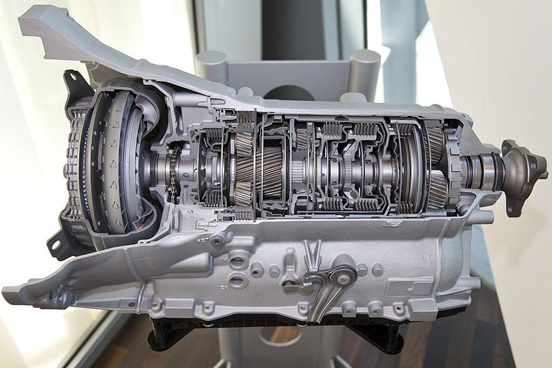 Das neue 8-Gang-Automatik-Getriebe vom ZF als Schnittmodell