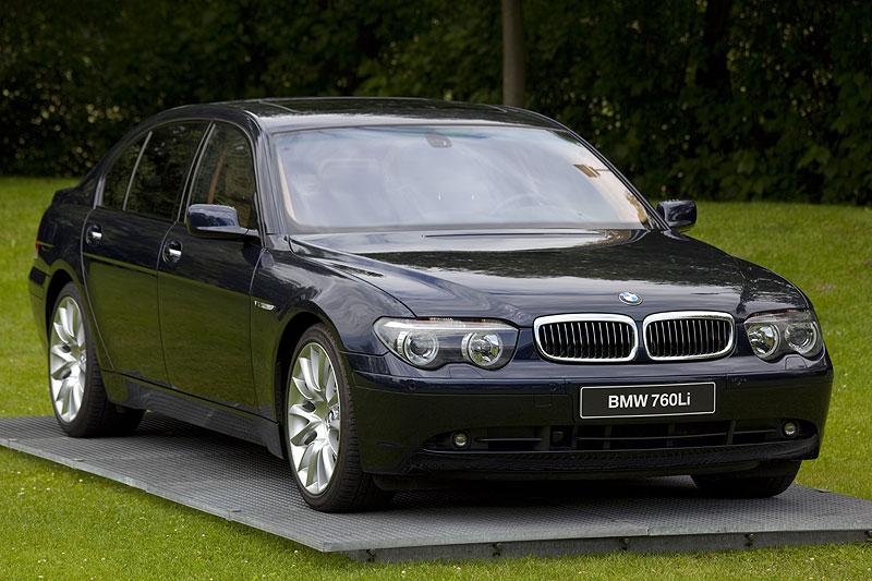 dritte V12-Generation in der 7er-Reihe: 760Li (E66) mit Benzin-Direkteinspritzung und 445 PS