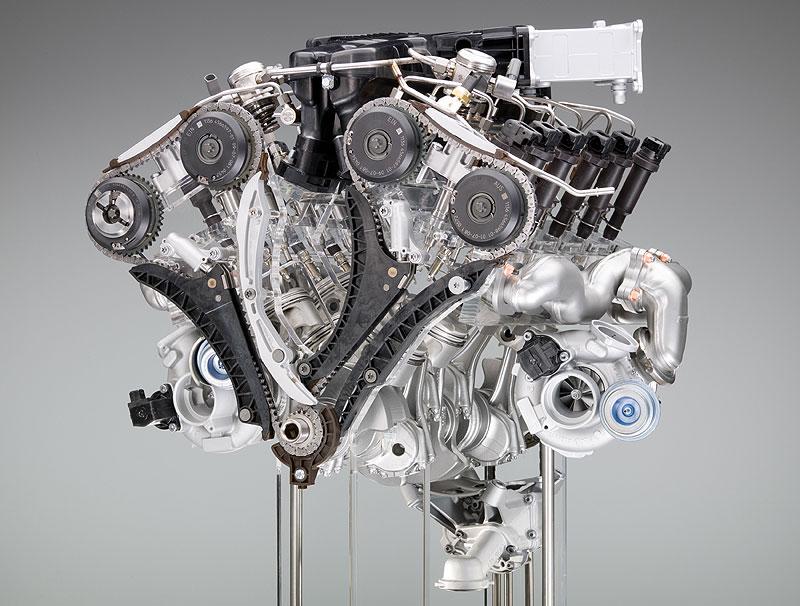 BMW 12-Zylinder-Ottomotor mit TwinTurbo