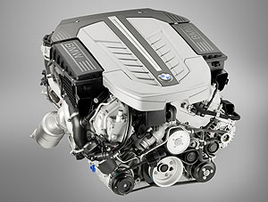 BMW V12 Bi-Turbo Motor