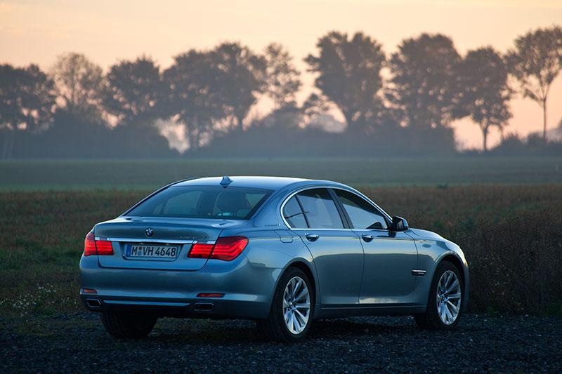 BMW ActiveHybrid 7: Beschleunigung von 0 auf 100 km/h in unter 5 Sekunden