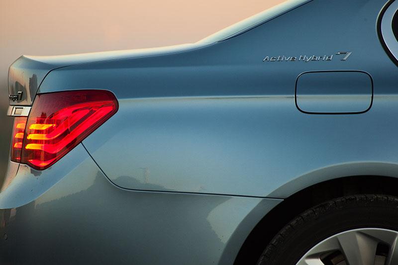 BMW ActiveHybrid 7: Der E-Motor ersetzt den sonst erforderlichen Anlasser und die Lichtmaschine
