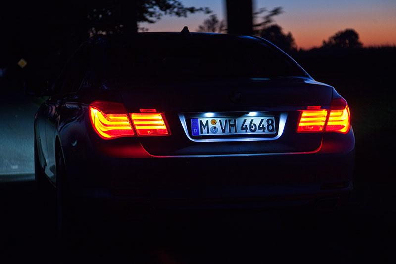 BMW ActiveHybrid 7: das markante Rücklichtdesign lässt den 7er sofort erkennen