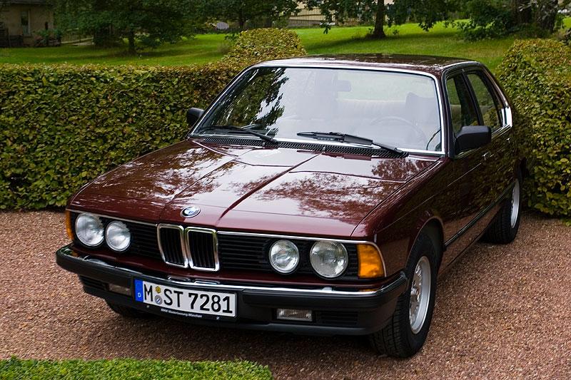 BMW 728i (E23) aus dem Jahr 1983 am Schloss Wolfsbrunn