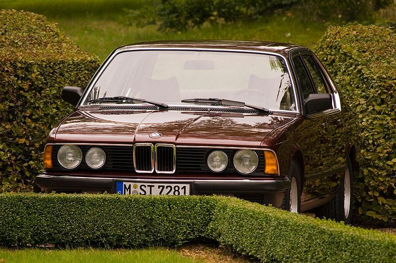 BMW 728i (E23), ehemaliger Neupreis: 33.700,- DM