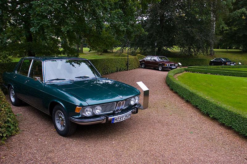 BMW 7er-Ahnen im Schloss-Park Wolfsbrunn