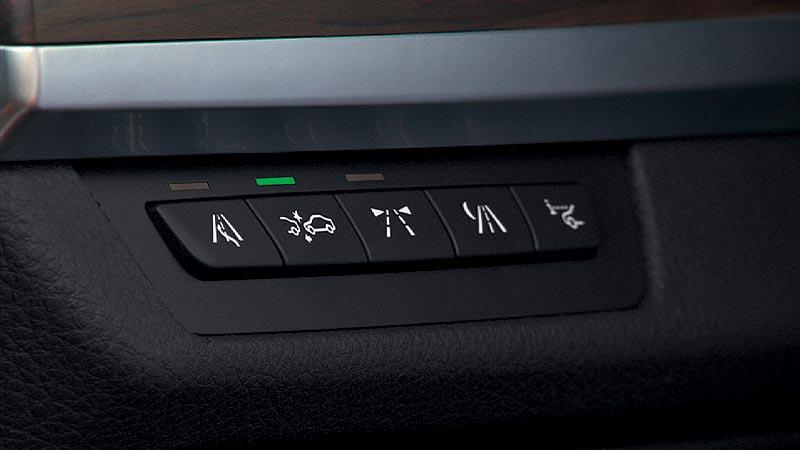 BMW 7er, Bedienfeld Fahrerassistenzsysteme
