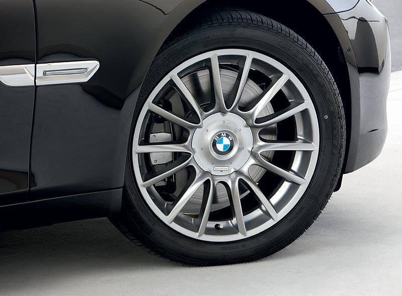 BMW Individual Leichtmetallräder V-Speiche 2281