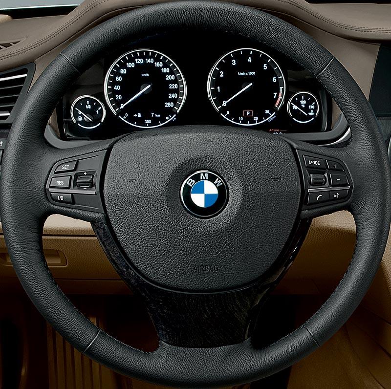 BMW 7er, Lenkradbedienung