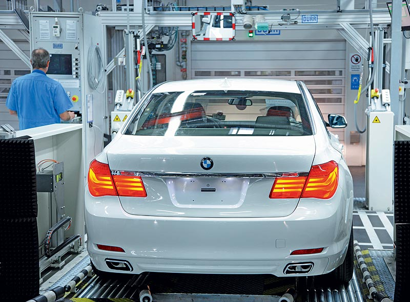 BMW Werk Dingolfing, BMW 7er Produktion, finale Kontrolle