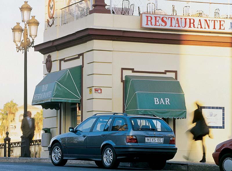 BMW 328i Touring aus dem Jahr 1995
