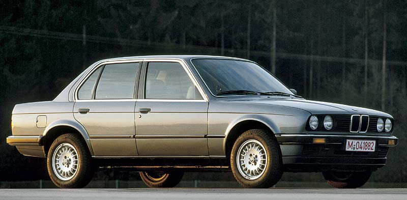 BMW 3er, 1985 erstmals mit vier Türen