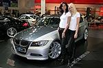 am Stand von Pirelli, neben einem Hartge H50 V10, Essen Motor Show 2006