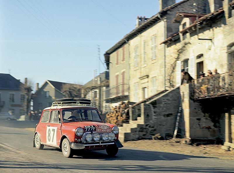 Hopkirk/Crellin auf Mini Cooper S, Rallye Monte Carlo 1968 (5. Platz)