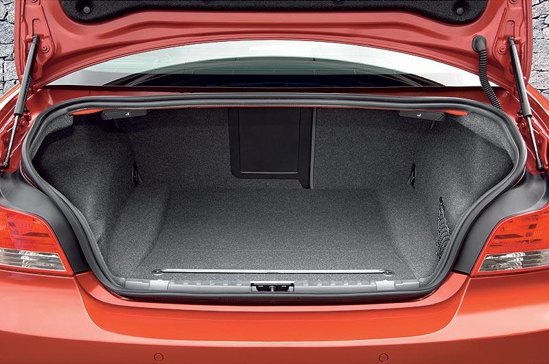 BMW 1er Coupé, geteilt umklappbare Rücksitzbank