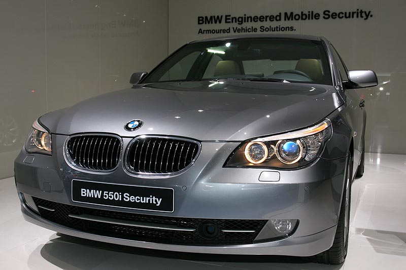 BMW 550i Security auf der IAA 2007 in Frankfurt