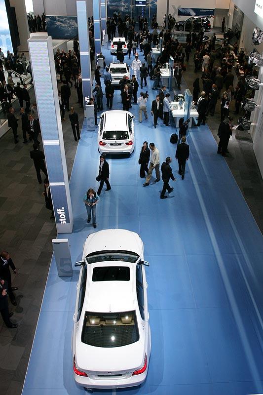 BMW Pavillon auf der IAA 2007