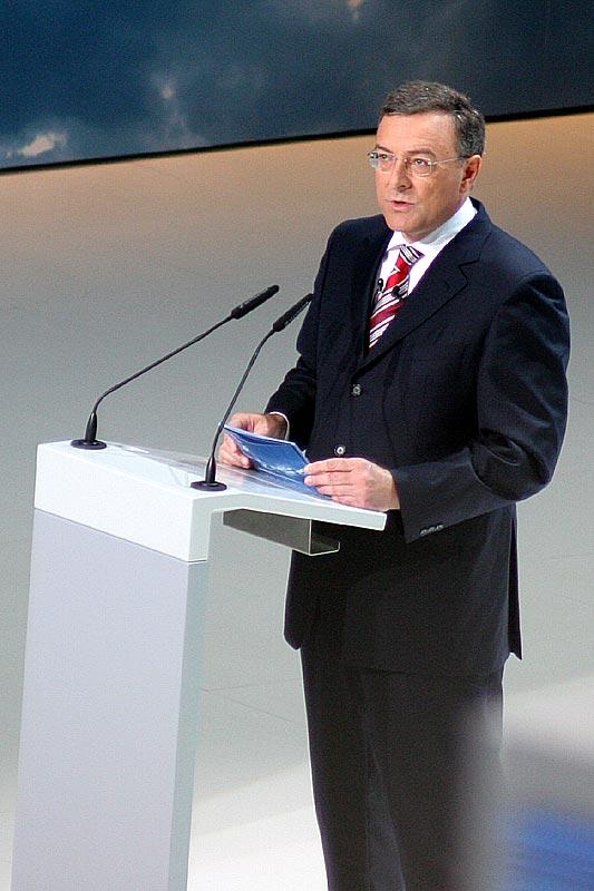 Dr. Norbert Reithofer bei der BMW-Pressekonferenz auf der IAA 2007