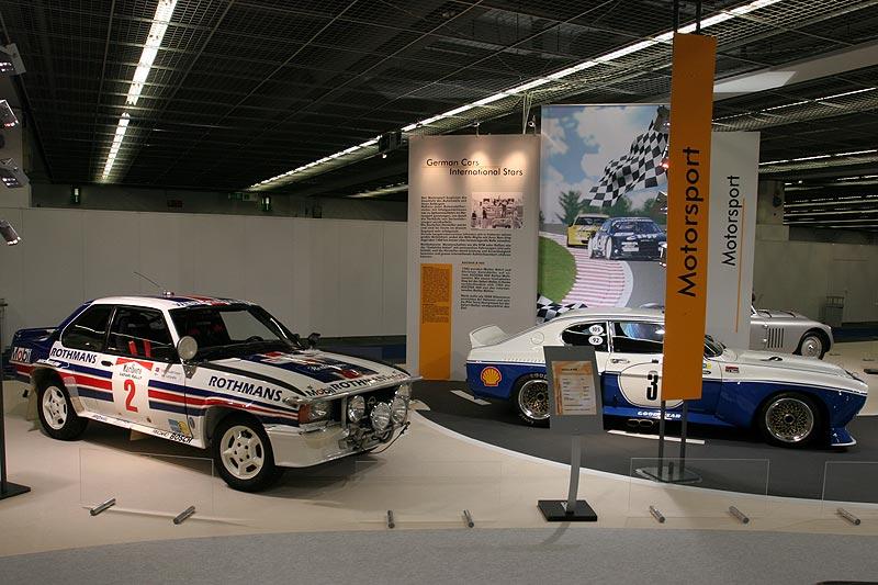 Opel Ascona B 400 und Ford Capri im Rahmen der Motorsport-Oldtimer-Ausstellung auf der IAA 2007 in Frankfurt