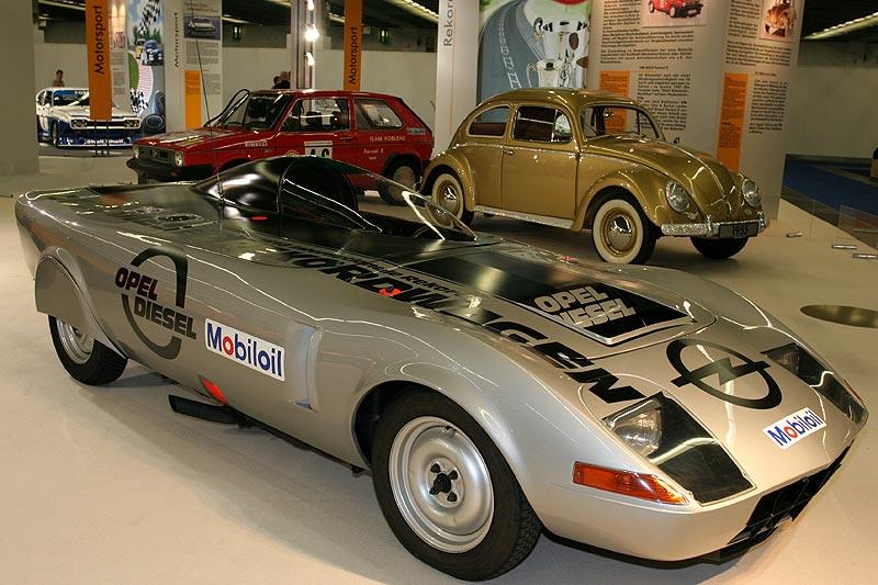 Opel GT, Baujahr 1972, 4 Zyl.-Diesel, 2.068 cccm, 95 PS, vmax: 197 km/h, Geschwindigkeitsrekord für Dieselfahrzeuge