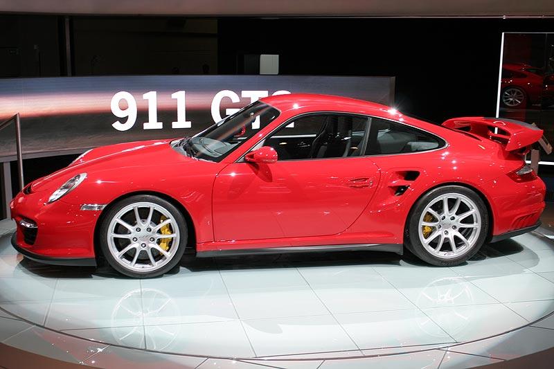 foto porsche 911 gt2 cabrio auf der iaa 2007 vergr ert. Black Bedroom Furniture Sets. Home Design Ideas