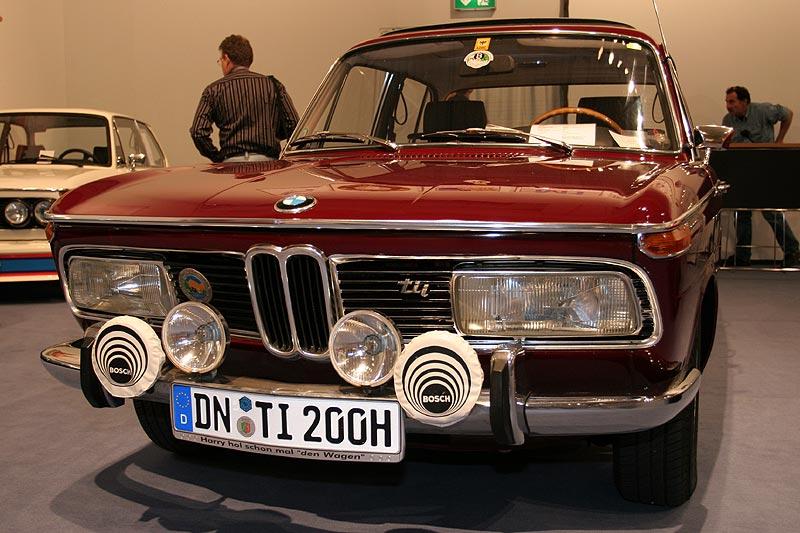 BMW 2000tii, Baujahre: 1969-1971, Stückzahl: 1.952, 130 PS bei 5.800 U/Min., 1.990 cccm
