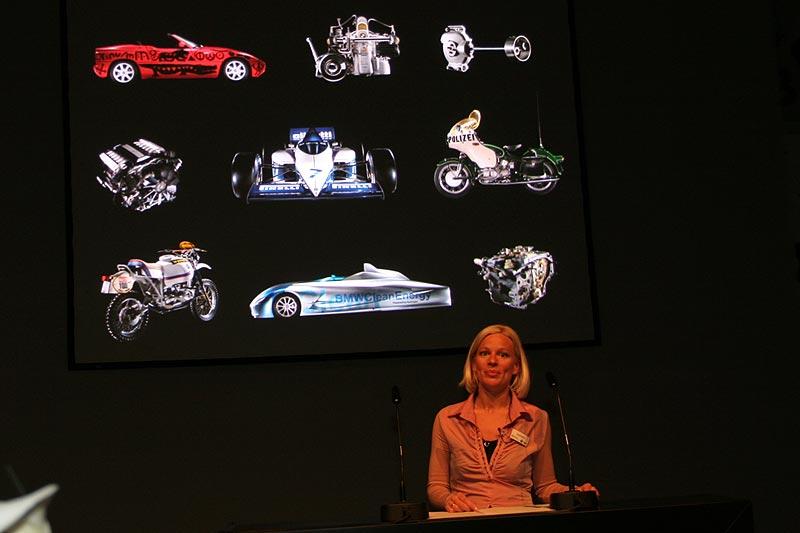 BMW präsentierte sich und seine 90jährige Geschichte an seinem VIP-Abend auf der Techno Classica