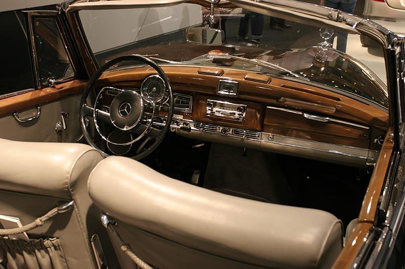 Mercedes Benz Typ 770, 8 Zyl.-Reihen-Motor, 7.655 cccm, 150 PS, 150 km/h