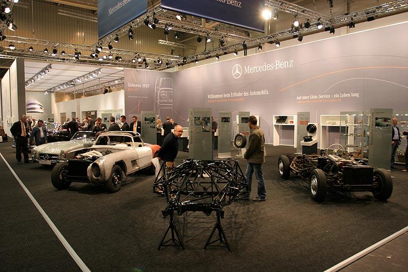 Mercedes Messestand auf der Techno Classica 2007