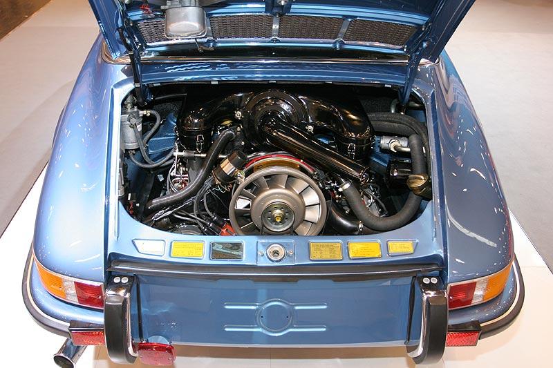 """Porsche 911 Targa, benannt nach dem Rennen """"Targa Florio"""" auf Sizilien"""