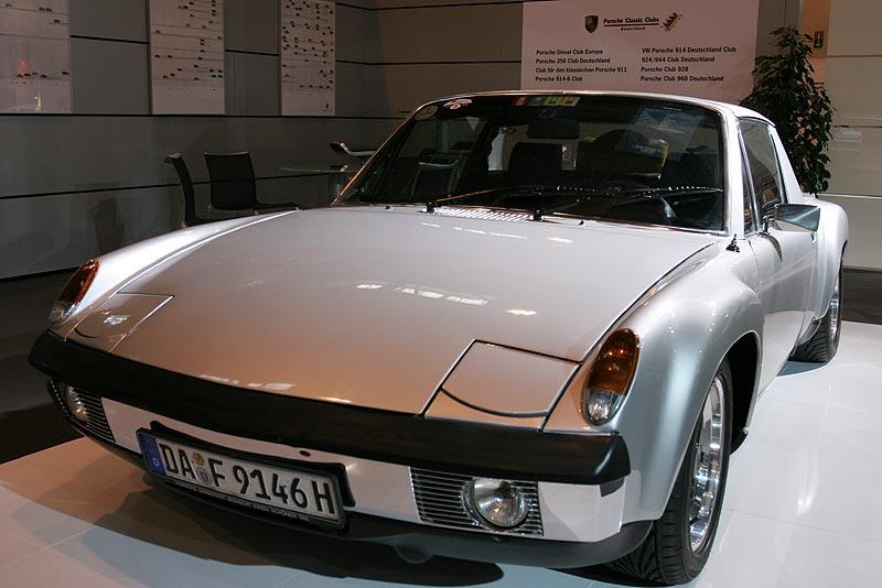 Porsche 914/6, Baujahr 1972, 6-Zylinder-Motor, 81 kW, 200 km/h, 0-100 km/h in 8,7 Sek.