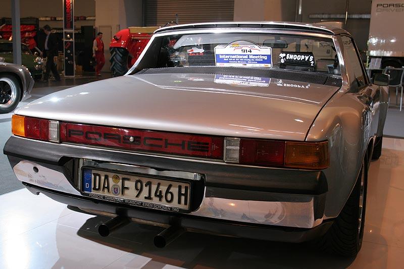 Porsche 914/6, silber, 1.977 cccm, werkseitig mit Kotflügelverbreiterung