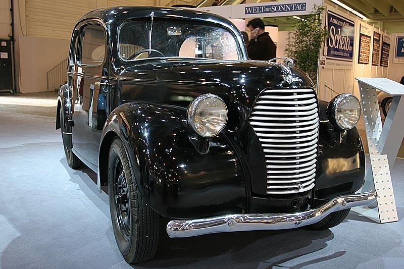 Skoda Popular 995 Liduska, Bauzeit: 1939 - 1946, 4 Zyl.-Motor, 995 cccm, 22 PS, 90 km/h, 1500 Stück