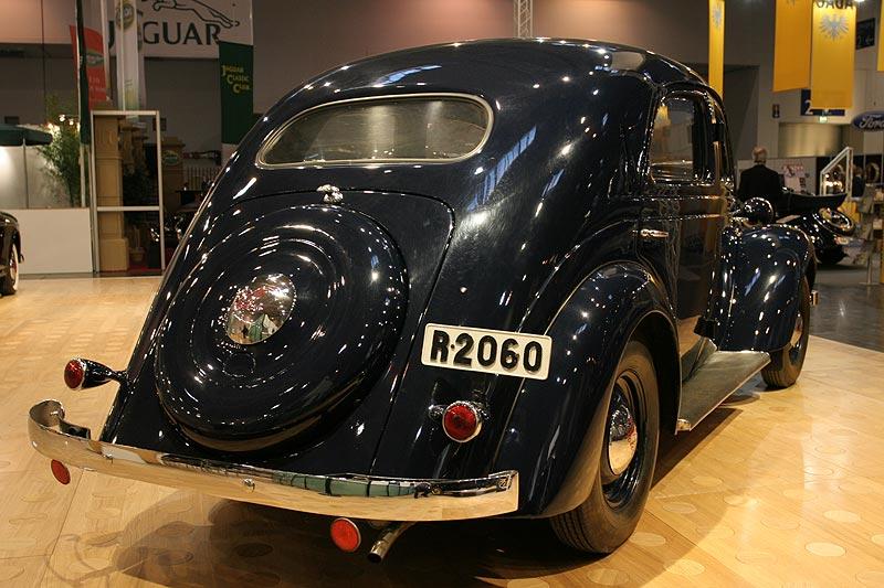 Volvo PV52 1937, 3-Gang, Schnellgang erhältlich, Radstand: 2.850 mm, 1.400 kg, Stückzahl: 1.046