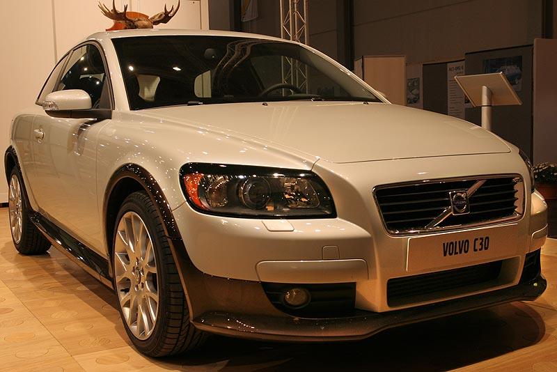 Volvo C30 T5 2007, 5-Zylinder-Reihen-Motor (83 x 93.2 mm) mit Turbolader, 1.521 cccm, 220 PS
