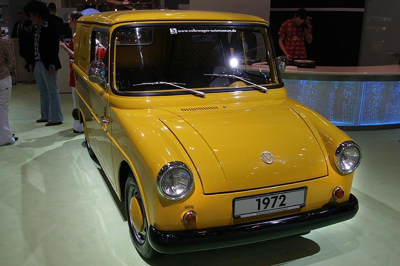 VW 147 mit Karmann-Ghia-Bodengruppe, Käfer-Motor, 4 Zyl.-Boxer, 1.192 cccm, 935 kg
