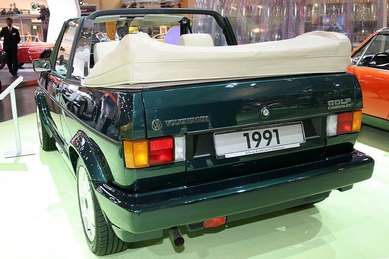 VW Golf Cabrio, wassergekühlter 4 Zyl.-Reihenmotor, 1.781 cccm, 98 PS, 1.040 kg, 166 km/h