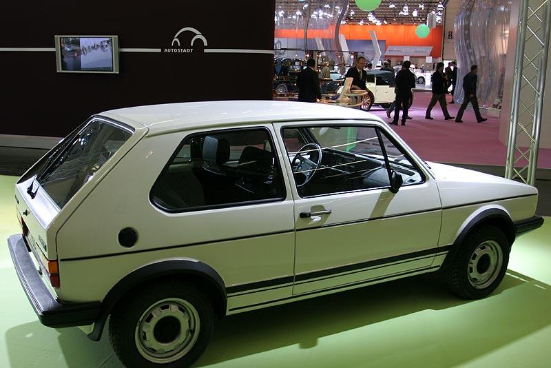 1983: Golf GTI, 4 Zyl.-Reihenmotor, 1.786 cccm, 112 PS, 183 km/h