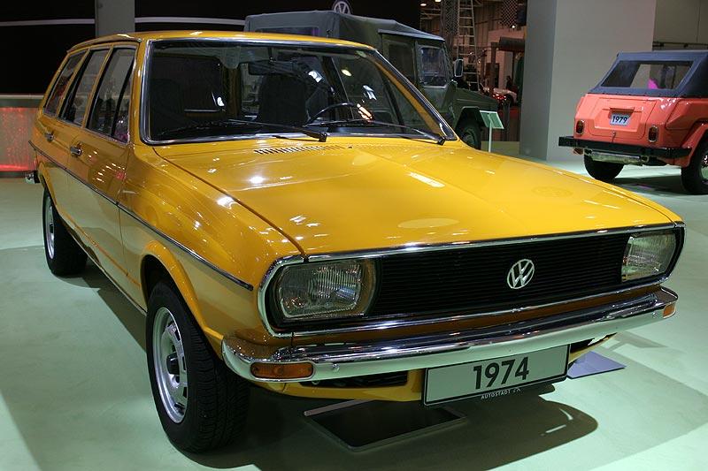 1974: VW Passat Nr. 407.560, 1973 vorgestellter Mittelklasse-Wagen auf Audi 80 Basis, 9.705 DM (1974)